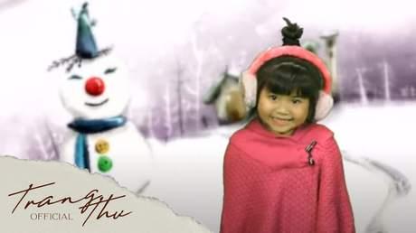 Bé Trang Thư - Jingle Bells Rock