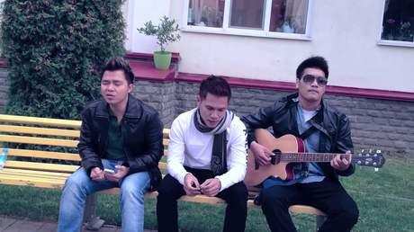 Nhóm MTV ft. Cẩm Ly, Lê Minh, Tạ Quang Thắng - Trống Cơm (Acoustic Version)