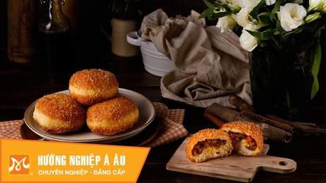 Hướng Nghiệp Á Âu - Học Làm Bánh Ngon: Cách làm bánh mì nhân cà ri (curry bread)