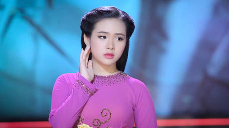 Tuyệt Đỉnh Bolero Vàng: Quỳnh Trang - Trả Nhau Ngày Tháng Cũ