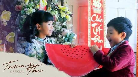 Bé Trang Thư - Chúc Tết