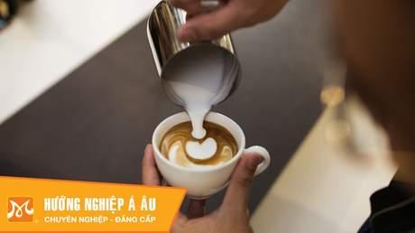 Hướng Nghiệp Á Âu - Học Pha Chế: Cách pha chế cà phê latte art cơ bản đơn giản