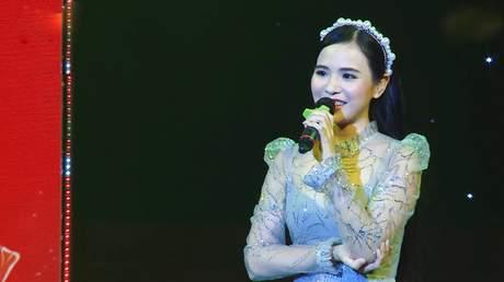 Quỳnh Trang - Câu Chuyện Đầu Năm