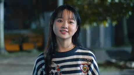 Hoàng Quý Muội - Xem phim cùng Lâm Thanh Mỹ