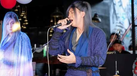 Ngô Kiến Huy - Karaoke: Lạc Giữa Nhân Gian